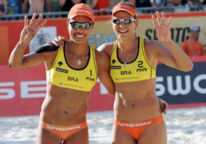 This is the fourth Gold on Moscow sands for Brazilian duo Juliana and Larissa, photo by CBV.