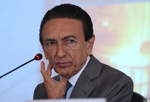Edison Lobão, the Minister of Mines and Energy, photo by Marcello Casal Jr./ABr.