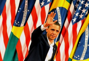 Obama waves to public at the Theatro Municipal, photo courtesy of Valter Campanato/ABr