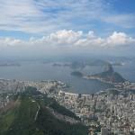800px-Rio_de_Janeiro_from_Corcovado_2005