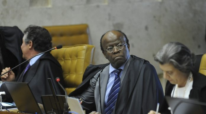 Minister Marco Aurélio de Mello, Joaquim Barbosa and Cármen Lúcia durante, Session 30 of Mensalão judgment, photo by Fabio Rodrigues Pozzebom/ABr.