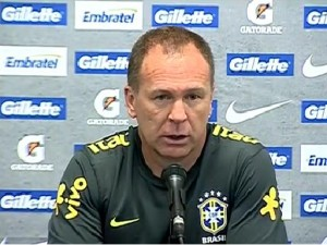 Coach of the Brazilian Selecão, Mano Menezes, Brazil News