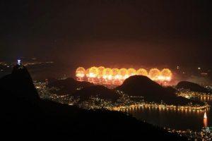 Famous Réveillon fireworks on Copacabana Beach, Rio de Janeiro, Brazil News