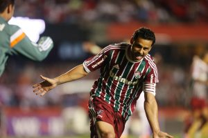 Fred celebrats opening the scoring for Fluminense against São Paulo, photo by Alex Silva/Photocamera.