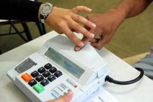 Biometric Voting, razil, Brazil News, Rio de Janeiro, Dias Toffoli, TSE,  Tribunal Superior Eleitoral, Brazil Elections 2014, Voting in Brazil, Biometric identification system, Biometric Voting in Brazil,