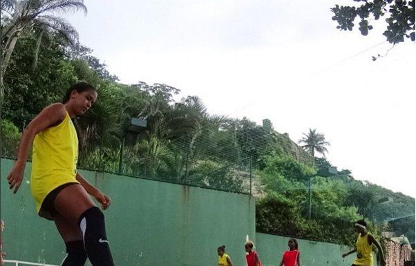 Rio de Janeiro, Brazil News, Brazil, Shanna Adderley, Ky Adderley, PlayLife, Soccer in Rio de Janeiro, Girls Soccer in Rio de Janeiro, Sports in Rio de Janeiro's Communities