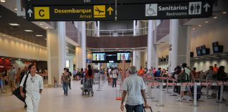 Brazilians are travelling less abroad, due to wailing economy, appreciated US dollar and new tax,