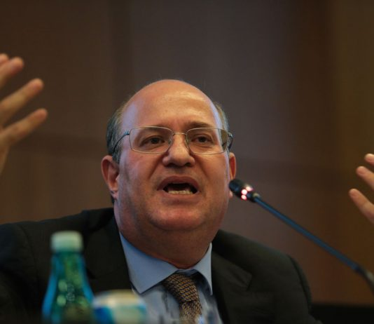 Brazil,Central Bank President Ilan Goldfajn tells reporters benchmark interest rate is starting new reduction cycle,