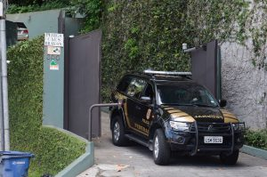 Brazil, Rio de Janeiro,Federal Police entered Eike Batista's house early Thursday morning but billionaire was not there,