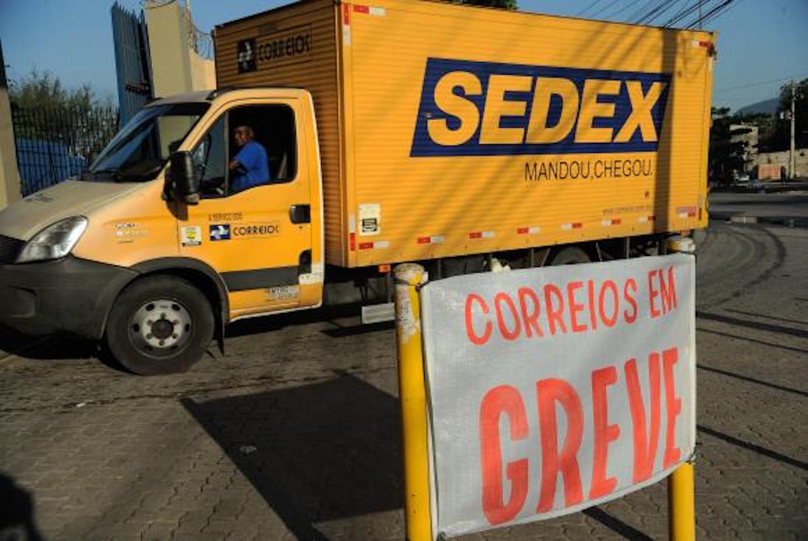 Brazil, Rio de Janeiro,The one-day nationwide postal worker strike will continue in many states, including Rio de Janeiro and São Paulo