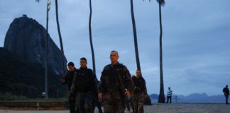 Brazil, Rio de Janeiro,Military police look for suspects in Urca neighborhood a day after intense shooting led to the close of Sugarloaf cable cars
